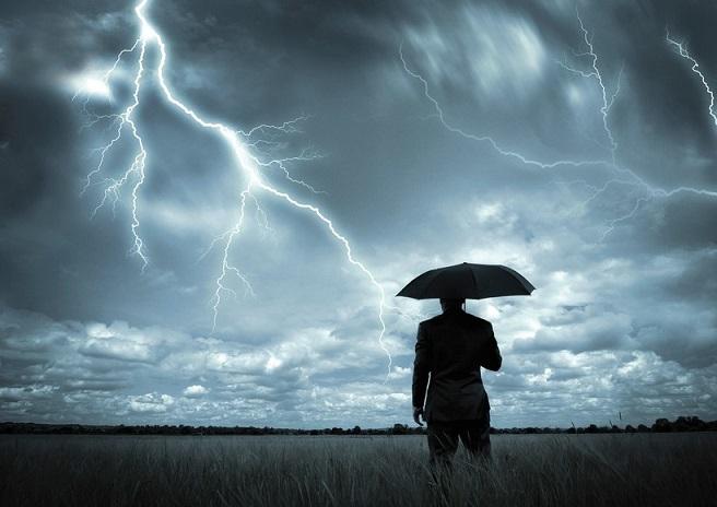 Электрическое безумие: во всем мире наблюдается резкий рост числа ударов молний