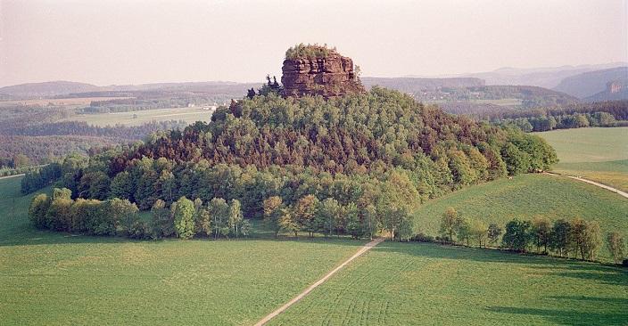 В Германии пытаются продать 400-метровую гору